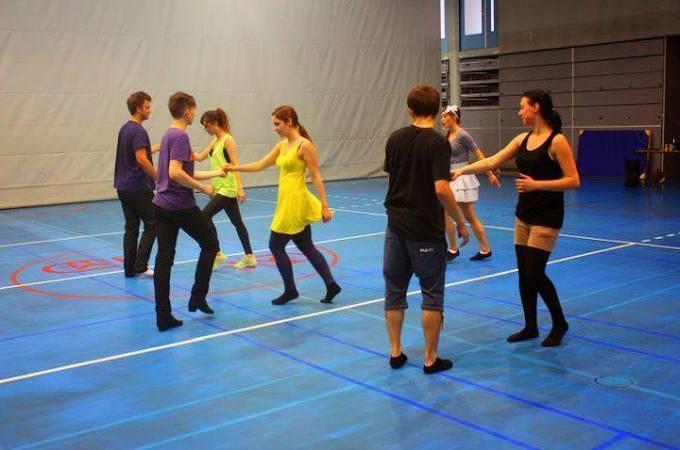 DANCE WAVE nasi instruktorzy naUniwersytecie Ekonomicznym 2014