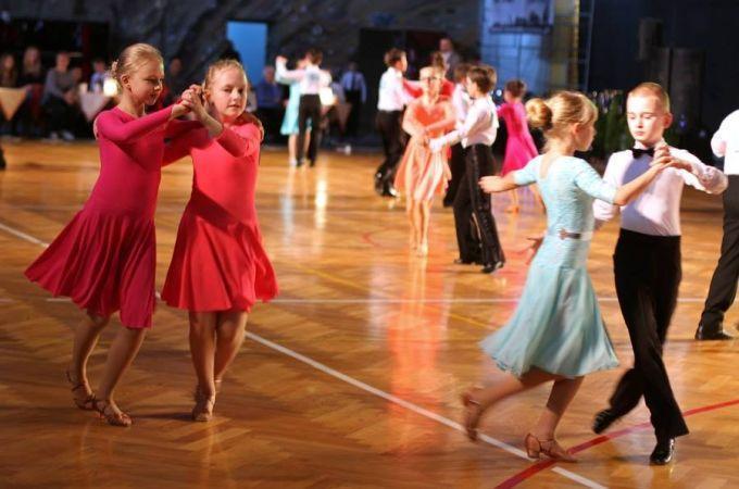 Turniej Tańca Towarzyskiego Stardance 2015