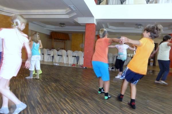 oboz-taneczno-sportowy-kosarzyska-201405
