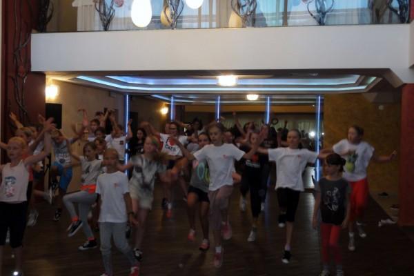 oboz-taneczno-sportowy-kosarzyska-2014175