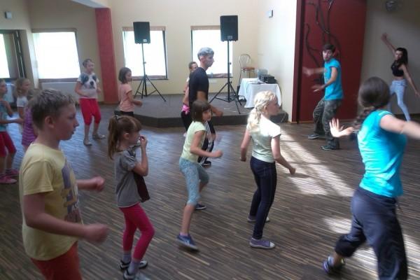 oboz-taneczno-sportowy-kosarzyska-2014197