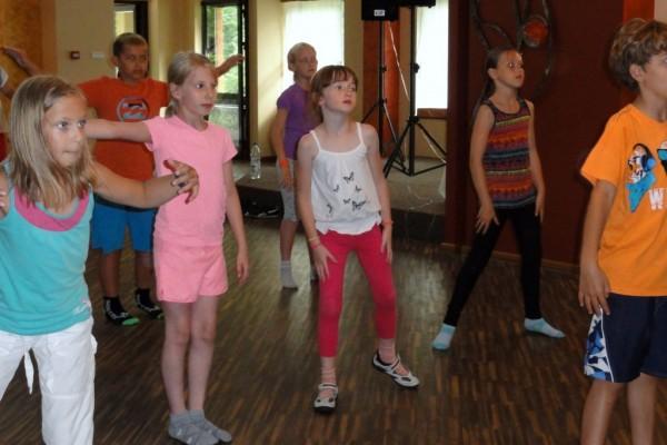 oboz-taneczno-sportowy-kosarzyska-2014210