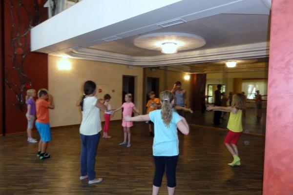 oboz-taneczno-sportowy-kosarzyska-2014296