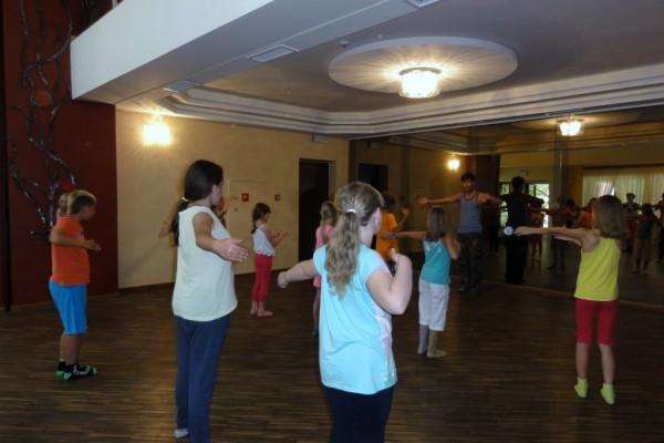 oboz-taneczno-sportowy-kosarzyska-2014297