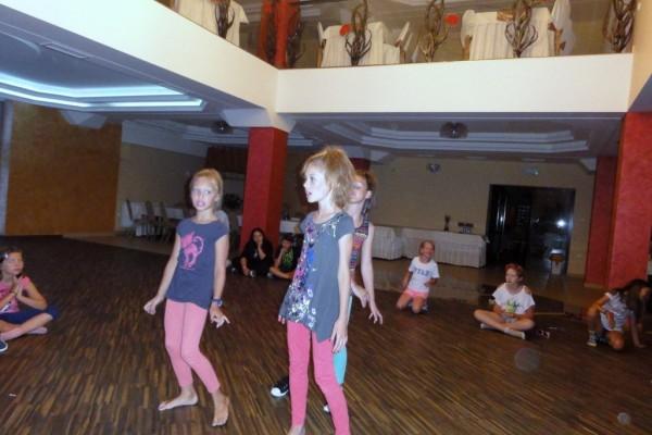 oboz-taneczno-sportowy-kosarzyska-2014427