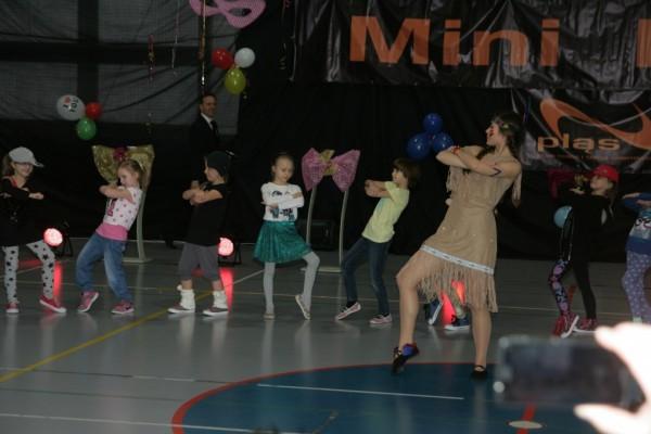 mini-plas-taniec-dzieci-201503