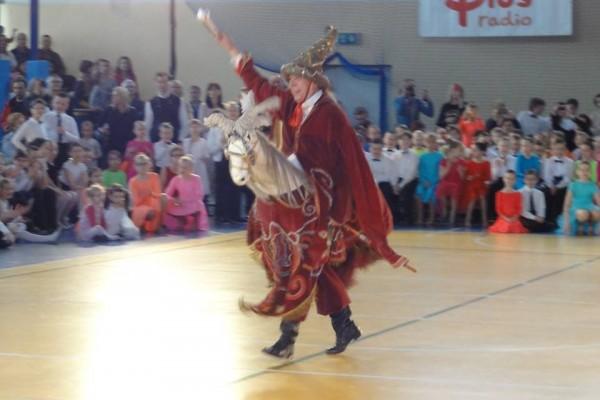 ogolnopolski-turniej-tanca-o-krakowska-czapeczke-201502
