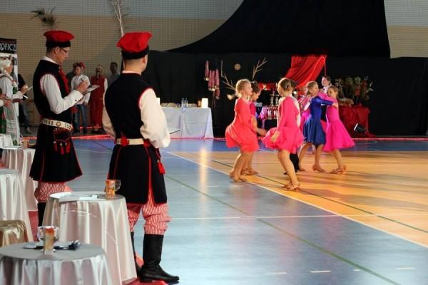 ogolnopolski-turniej-tanca-o-krakowska-czapeczke-201503