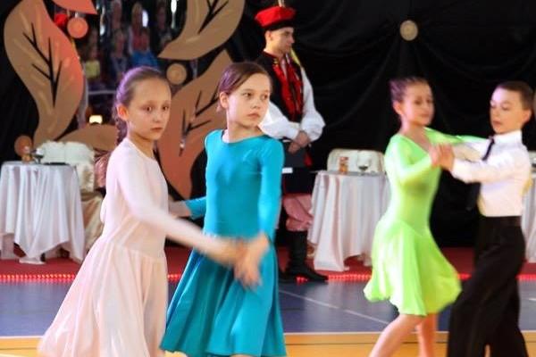 ogolnopolski-turniej-tanca-o-krakowska-czapeczke-201516