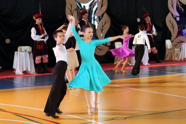 ogolnopolski-turniej-tanca-o-krakowska-czapeczke-201518