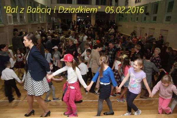 bal-z-babcia-i-dziadkiem-w-sp-155-201620