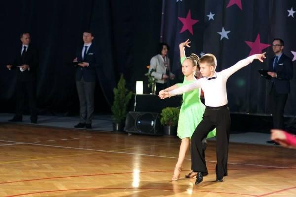 ttt-stardance-201535