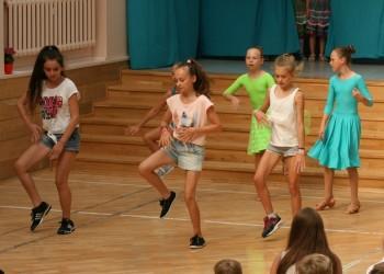 rozpoczecie-roku-szkolnego-tanecznego-2015-201611
