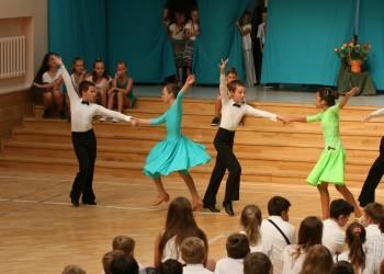 rozpoczecie-roku-szkolnego-tanecznego-2015-201613