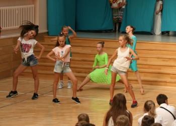 rozpoczecie-roku-szkolnego-tanecznego-2015-201619