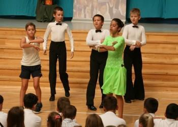 rozpoczecie-roku-szkolnego-tanecznego-2015-201622