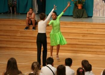 rozpoczecie-roku-szkolnego-tanecznego-2015-201625