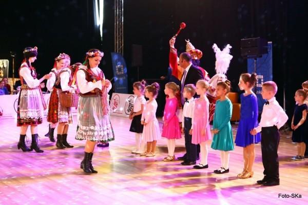 Turniej-Tanca-O-Wawelskiego-Smoka-i-O-Krakowska-Czapeczjke-11