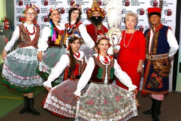 Turniej-Tanca-O-Wawelskiego-Smoka-i-O-Krakowska-Czapeczjke-16