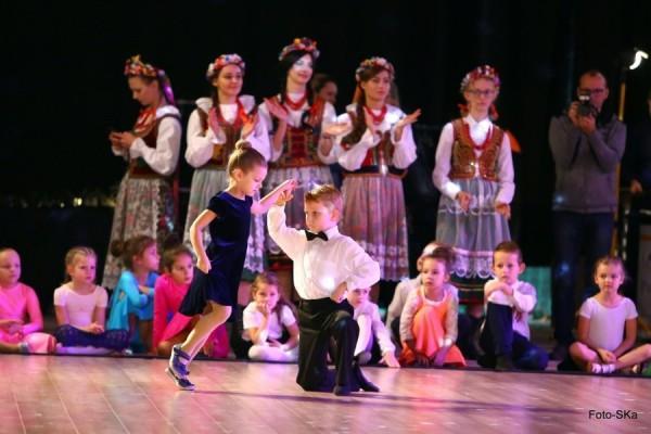 Turniej-Tanca-O-Wawelskiego-Smoka-i-O-Krakowska-Czapeczjke-6