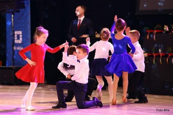 Turniej-Tanca-O-Wawelskiego-Smoka-i-O-Krakowska-Czapeczjke-7
