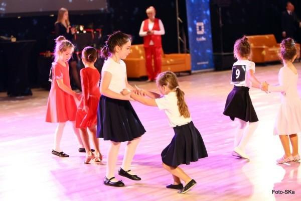 Turniej-Tanca-O-Wawelskiego-Smoka-i-O-Krakowska-Czapeczjke-8
